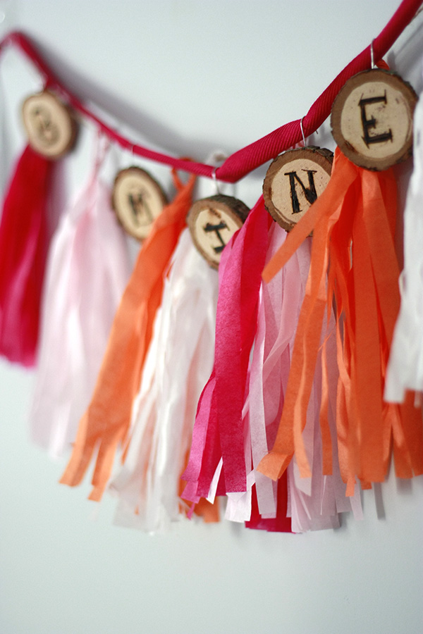 DIY Wood Slice Banner