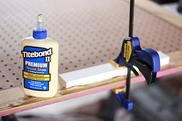 wood glue and clamp
