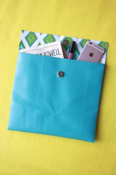 No Sew Clutch using Scotch Essentials by Amber Oliver