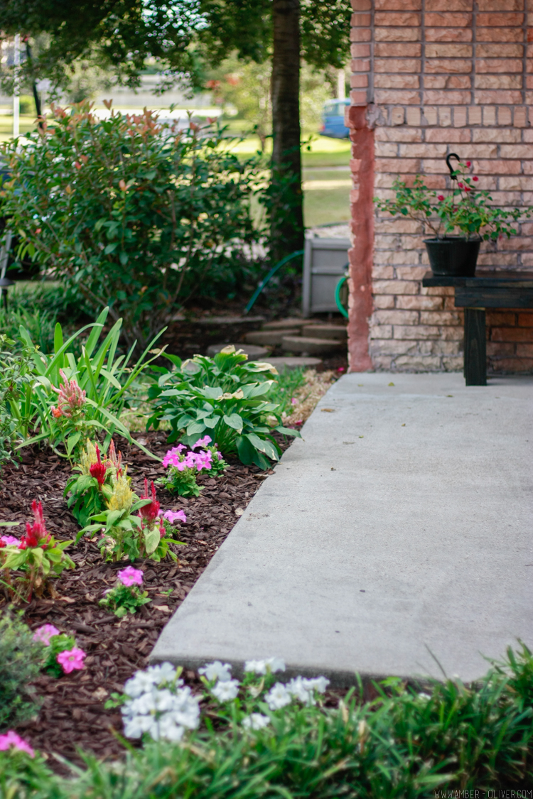 curb-appeal-flower-bed-makeover-14