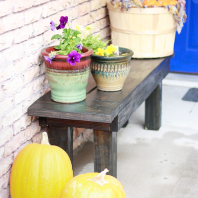 DIY Bench – Extra seating for your home or porch!
