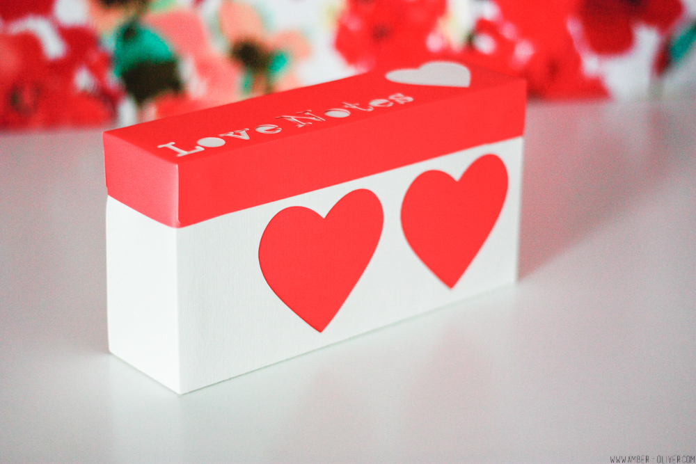 DIY Love Notes Box made using the Cricut Explore Air 2! A perfect Valentine's Day Project! #CricutMade #sponsored