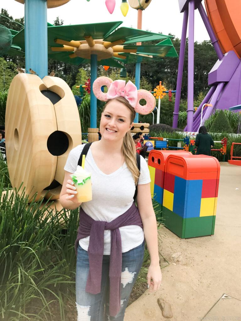 Oliver's Travel- Travel to Hong Kong China and Hong Kong Disneyland