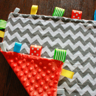 How to make a DIY Tag Blanket