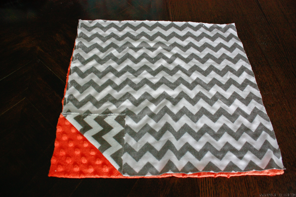 DIY Baby Blanket - How to make a Tag Blanket