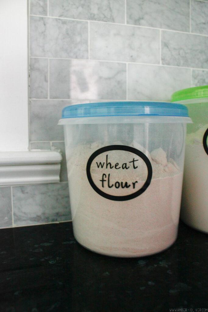 Kitchen Organization Labels - Free vinyl kitchen labels!