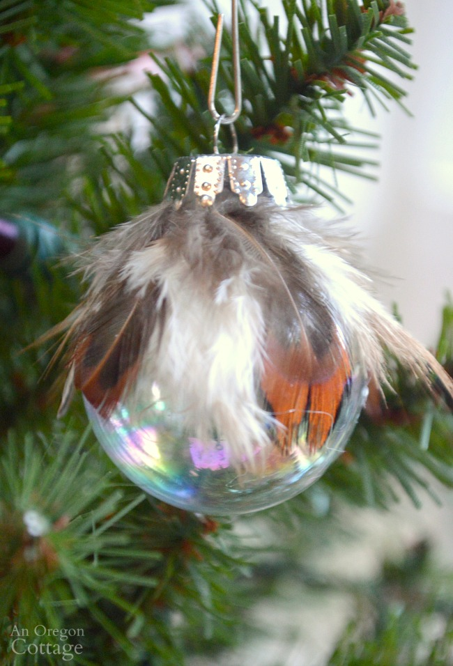 11 Creative DIY Christmas Ornaments