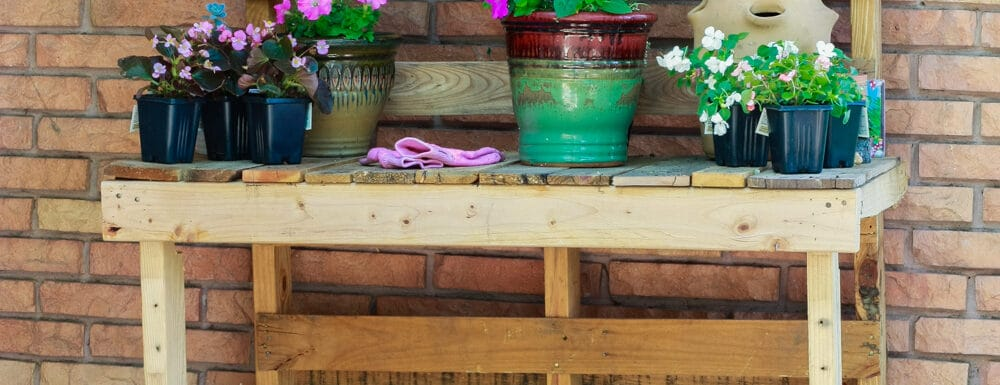 DIY Potting Bench made from pallets