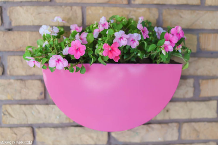 How To Paint Metal Planters