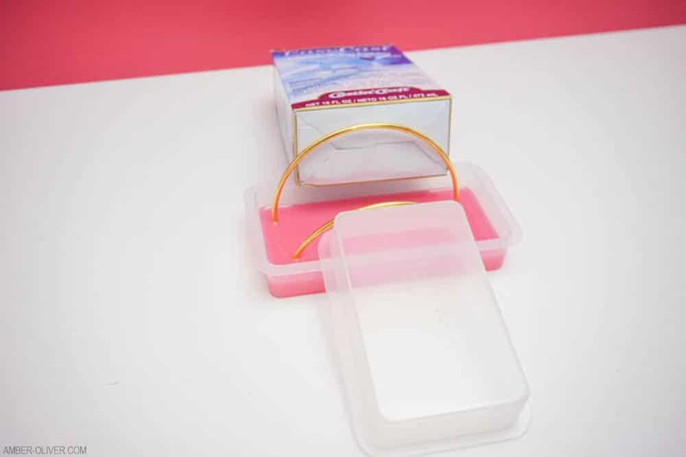 making a DIY mail holder