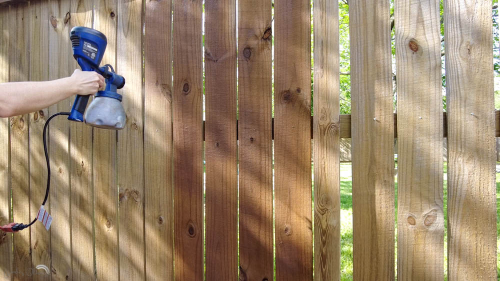 how to stain a fence with a paint sprayer